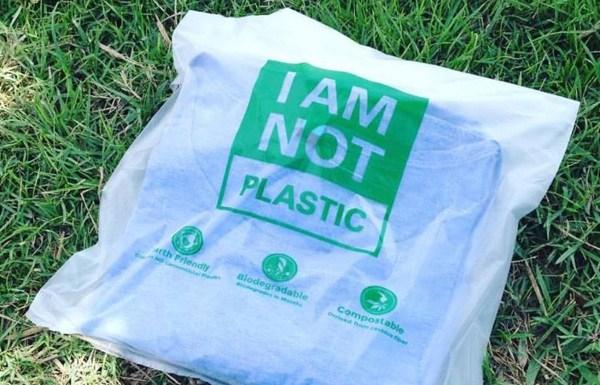 8970d9ebc ... gracias a las Avani Eco Bags, unas bolsas que parecen de plástico pero  que en realidad están fabricadas con fibras vegetales de yuca y resina  natural.