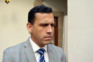 Francisco Bueno Ayup, ex secretario de Finanzas del municipio de Durango, separado de su cargo por su actitud deshonesta.