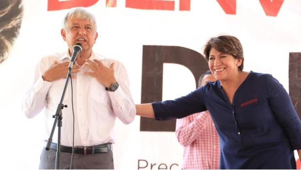 """Andrés Manuel López Obrador. La alianza indecente de este santón """"izquierdista"""" hipócrita con Elba Esther Gordillo en el Estado de México es una muestra más de sus aberrantes contradicciones."""