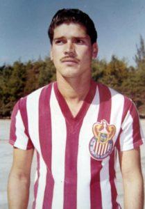 El legendario Salvador El Chava Reyes.