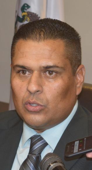 L.A.E. Herman Omar Martínez Aispuro, director municipal de Inspectores, funcionario omiso o cómplice en la venta de bebidas alcohólicas fuera de horario que realizan muchos negocios establecidos.