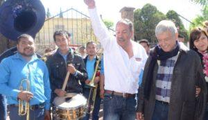 Rosendo Salgado Vázquez, el amigo alegre de Andrés Manuel López Obrador, se cura en salud responsabilizando a otros por sus vulgares actos como dirigente de Morena en Durango.