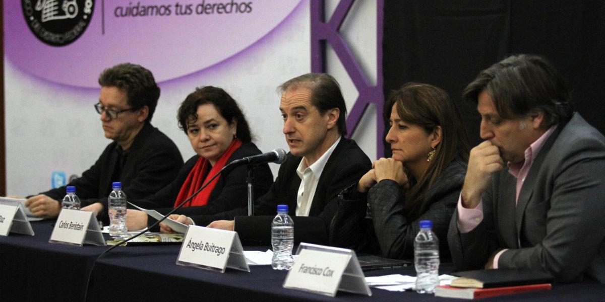 Los integrantes del Grupo Interdisciplinario de Expertos Independientes de la CIDH que investigaban el genocidio de los 43 normalistas de Ayotzinapa también fueron espiados por el gobierno corrupto de Enrique Peña Nieto.